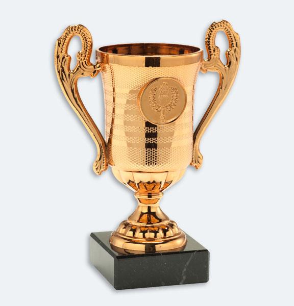 Delden - Pokal i brons med svart marmorsockel och plats för motiv (24053)